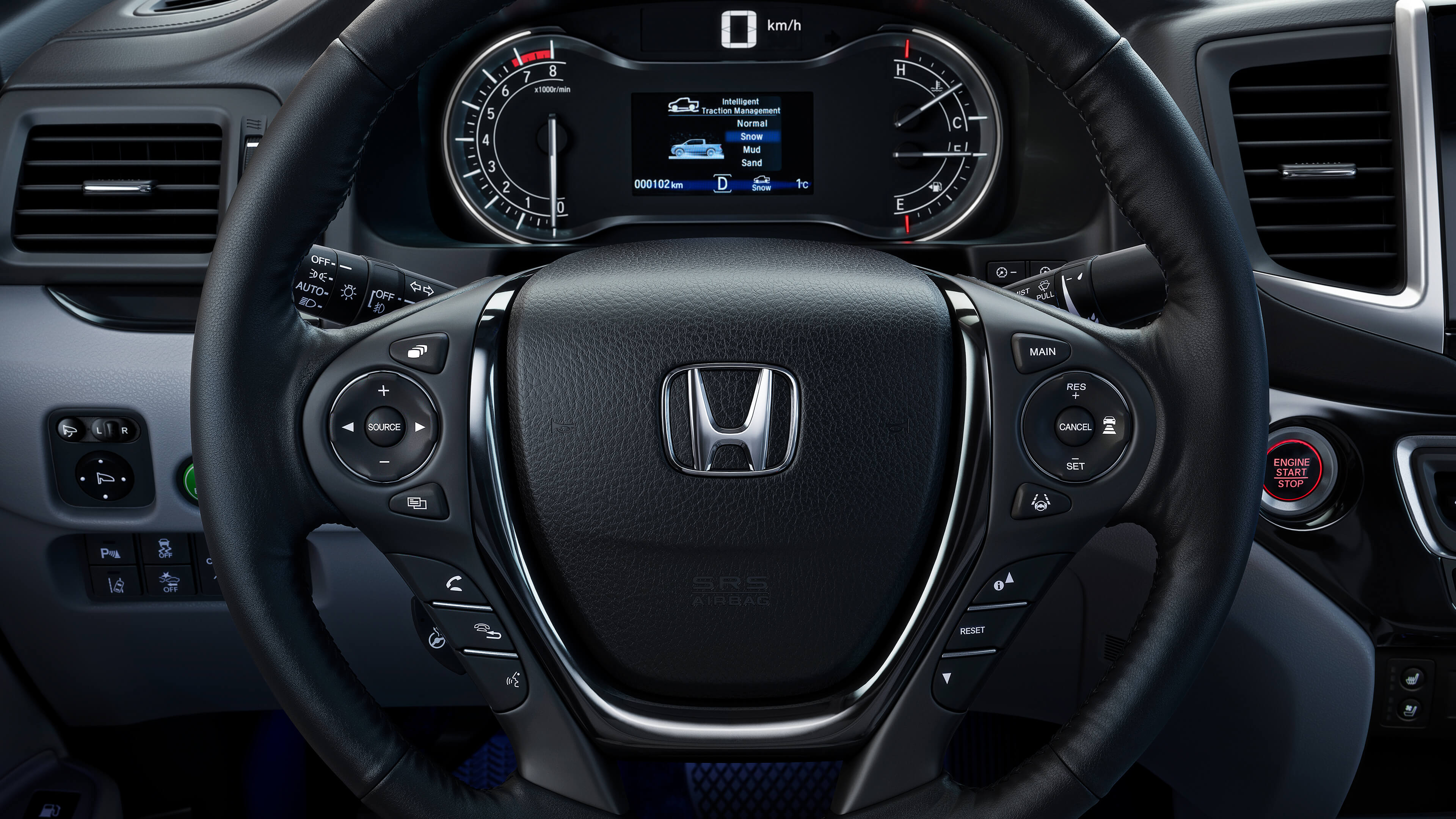 2020 Honda Ridgeline steering wheel and dash