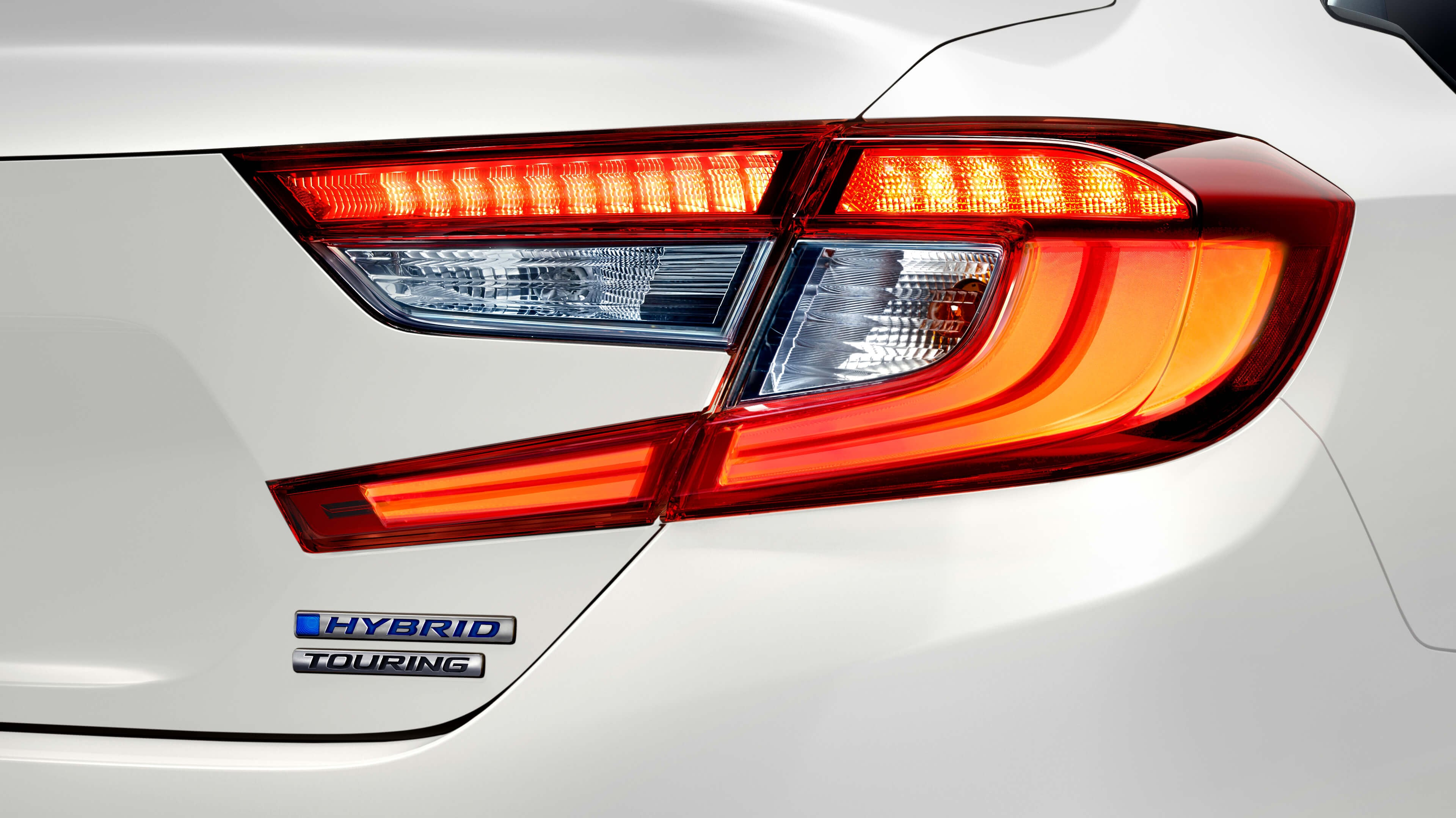 Rear of Accord Hybrid badging
