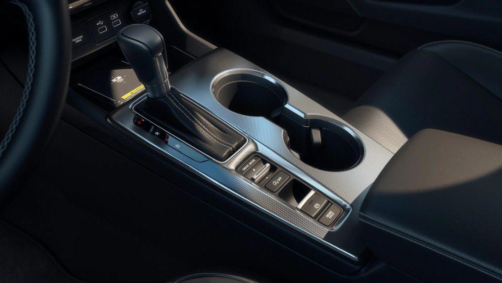 my22_civic_sedan_features_PerformanceAndEfficiency